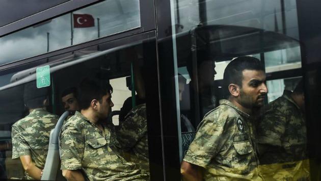 Militares turcos optan por el suicidio tras el fallido golpe de Estado (EFE)
