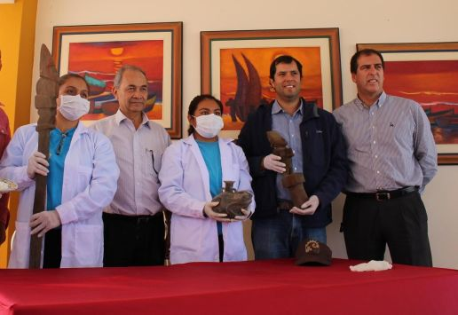 Descubren dos ídolos de madera de la cultura Chimú, en Trujillo.