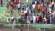 Policía empujó a hincha desde tribuna en el estadio de Pucallpa [Video]