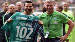 Claudio Pizarro fue elegido el mejor jugador del Werder Bremen de la temporada pasada - Noticias de apellido