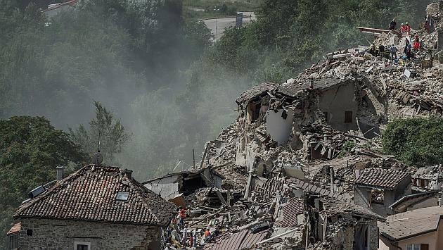Al menos 73 muertos tras terremoto de 6.2 grados en Italia