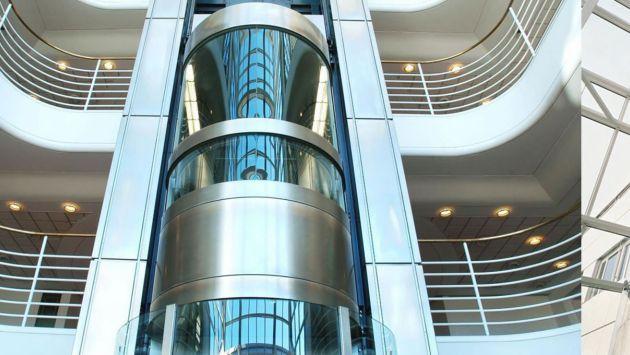 Como empresa debe mantenerse al día en las nuevas tecnologías de su sector. (ascensoressoluciones.com)