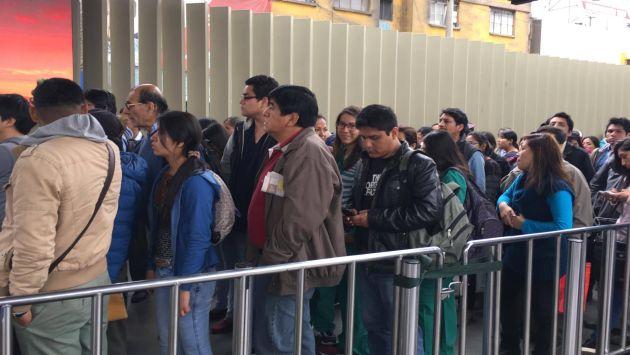 Metro de Lima: Más de mil pasajeros quedaron varados en tren eléctrico. (César Takeuchi)