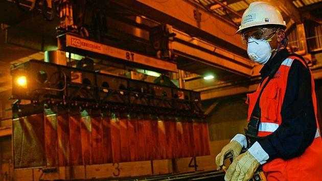 Comportamiento. Juan Mendoza comenta que inversión minera caería más de 35% este año. (USI)