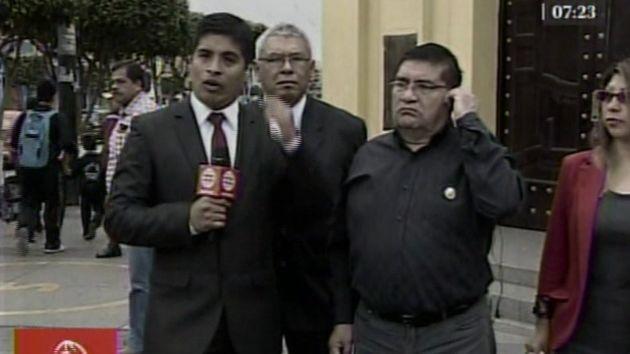"""""""Vamos a continuar (con la clausura) estamos esperando protección la policial""""; dijo el alcalde de La Victoria. (América)"""