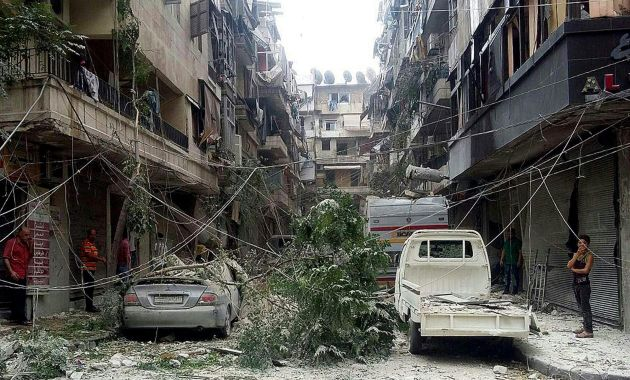 Bombardeos sirios fueron suspendidos en Alepo dos días antes de lo anunciado. (EFE)