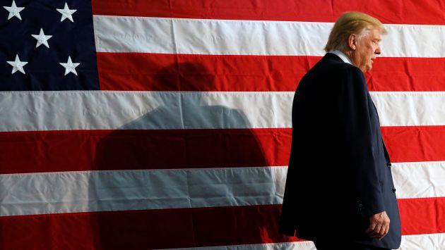 Le preocupa. Barack Obama señala que las adulaciones de Trump a Vladimir Putin son raras. (Reuters)