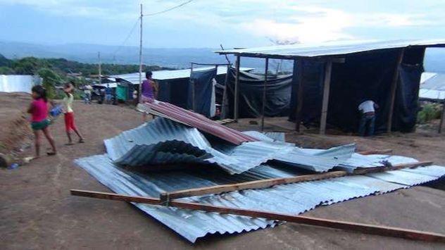 Tarapoto: Fuertes vientos dejan sin techo a varias viviendas. (Diario Voces)