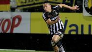 Cristian Benavente le 'respondió' a Ricardo Gareca con un golazo en la práctica del Sporting Charleroi. (USI)