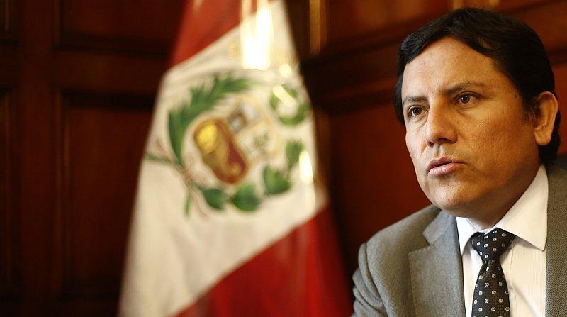 Comisión de Ética aprobó investigar a Elías Rodríguez por denuncias de plagio