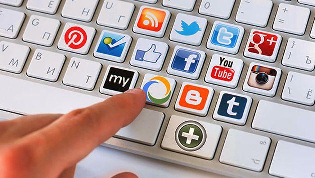 La edición de videos y el diseño gráfico son esenciales para incursionar en redes sociales. (tusclicks.com.pe)