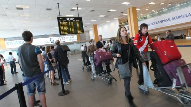 Refuerzan seguridad en aeropuertos del país durante próxima reunión APEC. (Gestión)