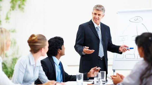 Debe contar con un personal que enfoque su trabajo en resultados y estrategias. (Grandes Pymes)