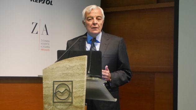Es fundamental que el Perú cuente con una política tributaria clara y precisa, expresó Carlos Gálvez. (USI)