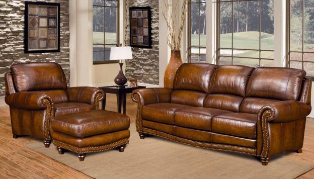 En un ambiente vintage, utilice el cuero envejecido en baúles y maletas. (Mi aviso)