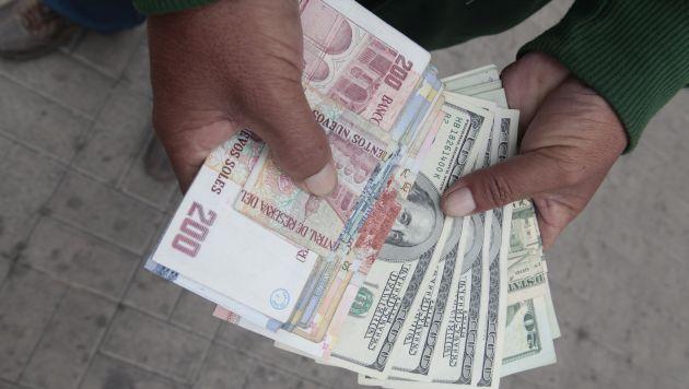 Al alza. Se espera que el dólar cierre este año alrededor de S/3.40. (USI)