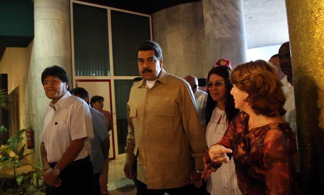 Los presidentes de Bolivia y Venezuela llegaron a La Habana para despedirse de Fidel Castro. (EFE)