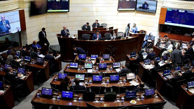"""Senado de Colombia dijo """"sí"""" al nuevo acuerdo de paz con las FARC. (EFE)"""
