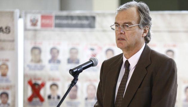 Ministro del interior quer amos que el sospechoso se for Nuevo ministro del interior peru