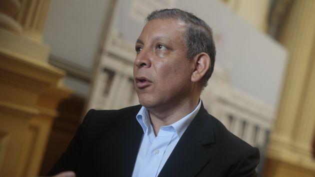 """""""Al interior del Frente Amplio (FA) hay un realineamiento de fuerzas políticas"""", dijo Arana. (Perú21)"""