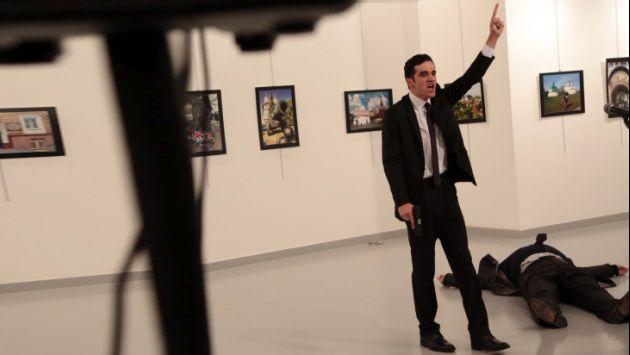 Embajador ruso en Turquía falleció tras ser baleado en un ataque armado. (AP)