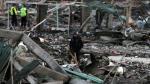 México: Ya son 36 los muertos por explosión en mercado de pirotécnicos [Video] - Noticias de hospital san luis