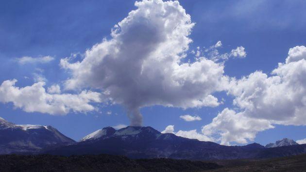 El volcán Sabancaya registró una nueva explosión. (USI)/Referencial)