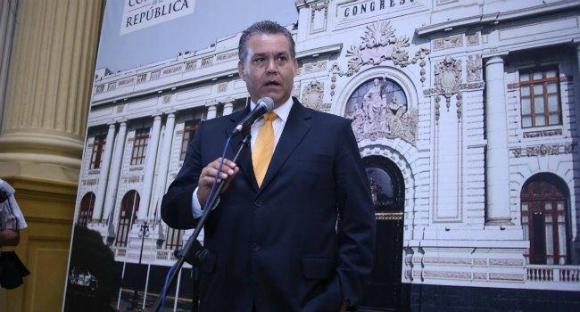 Víctor Albrecht, en el centro de la polémica (Foto: Luis Centurión)