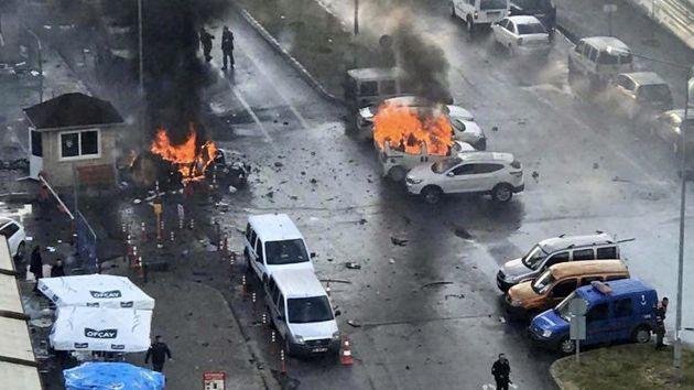 Continúa el terrorismo en Turquía. (EFE)