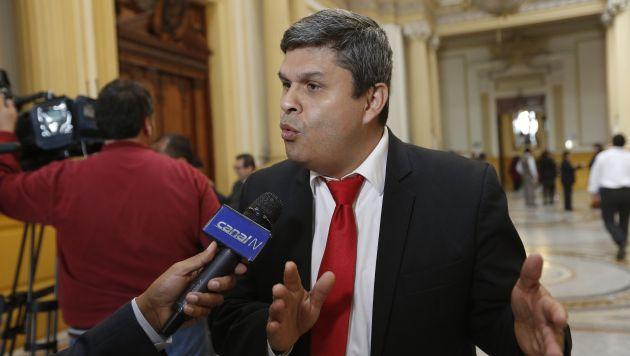 Santiago Gastañadui asesora al ex mandatario. (Anthony Niño de Guzmán/Perú21)