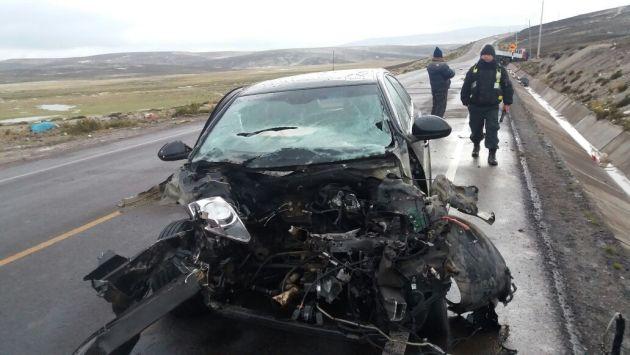 Policía de Imata investiga el accidente. (Miguel Idme)