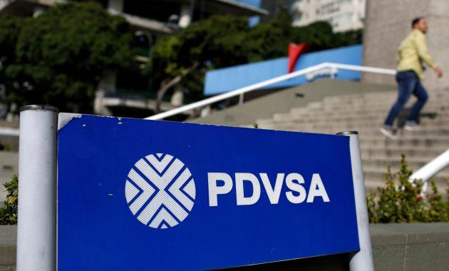 Empresarios estadounidenses admiten pagar sobornos a directivos de la estatal venezolana. (Reuters)