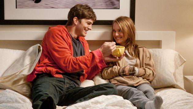 Natalie Portman aseguró que Ashton Kutcher cobró tres veces más que ella en la película 'Amigos con derechos'. (Justjared)