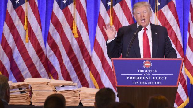 Donald Trump arremetió contra medios de prensa durante conferencia. (AFP)