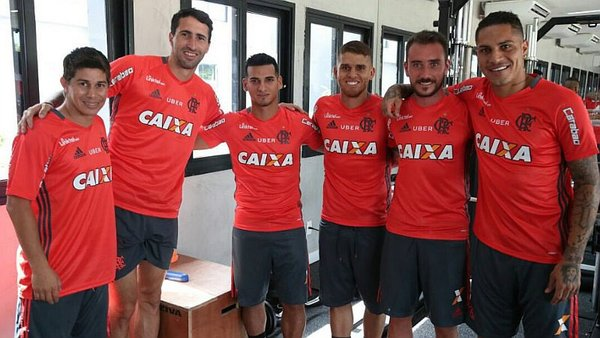 Miguel Trauco y Paolo Guerrero se preparan con el Flamengo. (Flamengo)
