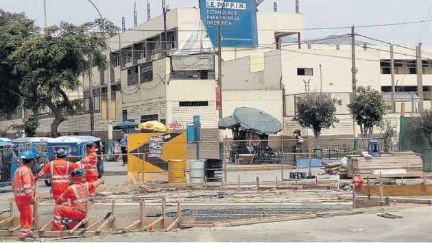 Rutas de Lima y el uniforme de Odebrecht. Trabajadores aún usan dicha vestimenta, según lo constató Perú21 el 5 de enero último.