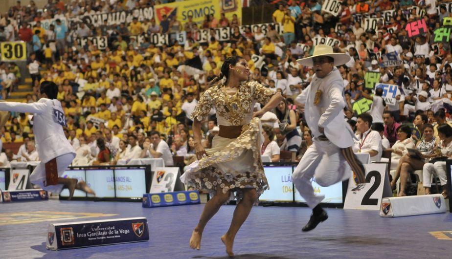 ... Huamanga inició celebraciones por 473° aniversario. Con concurso de  marinera. Trujillo vibró con el Concurso Nacional de la Marinera Foto 3 de  6 Peru21 9357c9ccff9