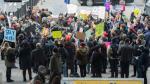 Estados Unidos: Protesta en el aeropuerto de New York por medida de Donald Trump contra inmigrantes - Noticias de vladimir putin