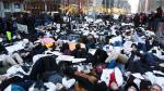 Nueva York: Estudiantes de medicina marchan contra la posible derogación la ley Obamacare - Noticias de revocatoria