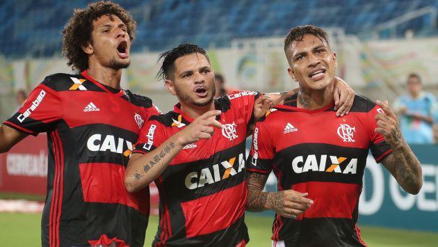 Paolo Guerrero anotó dos goles en la victoria del Flamengo. (USI)