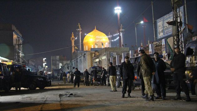 Estado Islámico atentó contra un santuario de Pakistán y dejó 75 muertos. (EFE)
