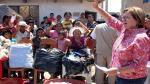Nancy Lange entregó ayuda a los habitantes afectados por las lluvias y huaicos en Chiclayo - Noticias de jose leonardo ortiz