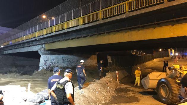 Río Rímac se desborda a la altura del Puente Dueñas. (Pablo Vilcachagua)