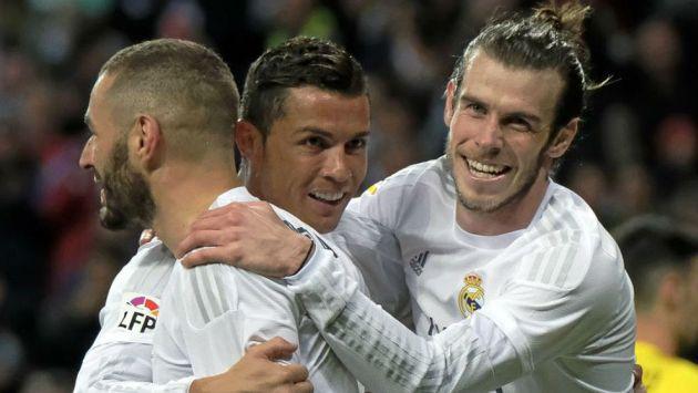 La 'BBC' es una seria amenaza para el Nápoles en el enfrentamiento por los octavos de final de la Champions. (AFP)