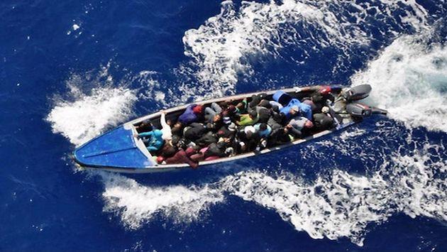 Viajeros irregulares iban a Puerto Rico para acceder a los Estados Unidos. (Acento)