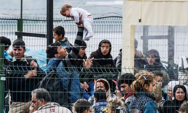 Miles de refugiados serían enviados a Europa, según ministro del Interior (Digitallpost).