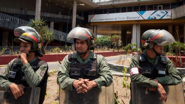 Fuerzas armadas están secuestradas en Venezuela, según opositor. (Efe)