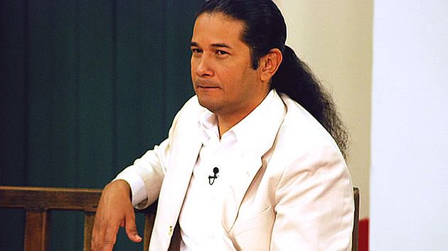 Así le contestaron al vidente Reinaldo dos Santos que pidió comunicarse con programa. (USI)