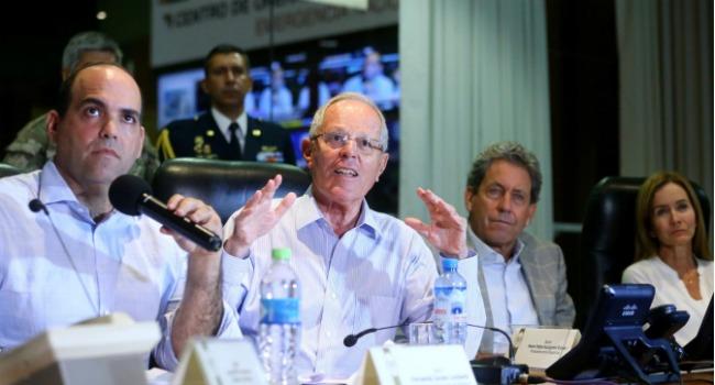 """Fernando Zavala sobre huaicos: """"Fuerzas Armadas brindarán seguridad en ciudades en emergencia""""."""