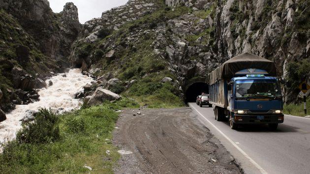 Carretera Central: Gobierno restringe tránsito de vehículos menores por 10 días. (Bloomberg)